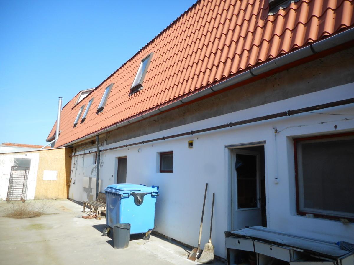 Makón kétszintes 585 m2-es ingatlan eladó!
