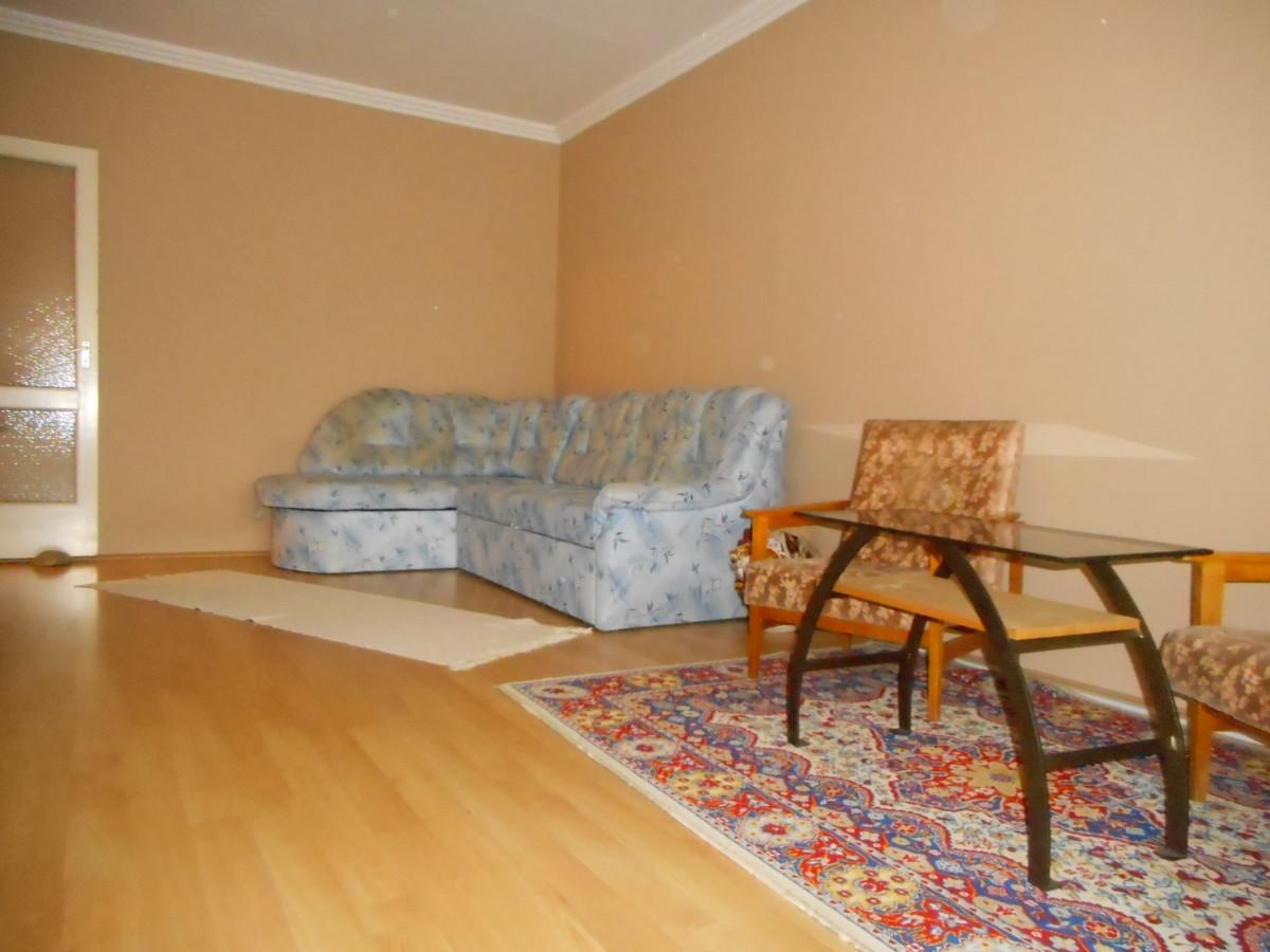 Szeged- Rókuson 4-ik emeleti 2 szoba hallos panellakás eladó